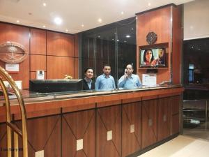O saguão ou recepção de Khayal Hotel Apartments