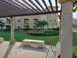 Uma varanda ou outra área externa em One bedroom apartment with a balcony garden view