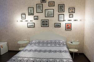 Кровать или кровати в номере Red Hotel