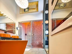 The lobby or reception area at Jaz in the City Amsterdam