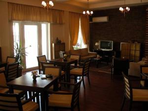 Εστιατόριο ή άλλο μέρος για φαγητό στο Ξενοδοχείο Ορφέας