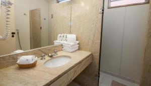 A bathroom at Hotel Canada