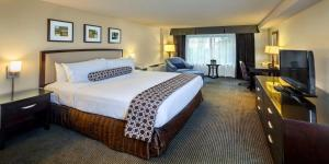 A room at Crowne Plaza Concord - Walnut Creek, an IHG Hotel