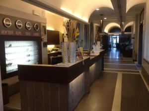The lobby or reception area at Hotel Fiera Wellness & Spa