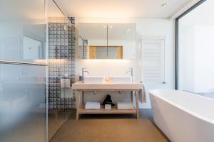 A bathroom at Royal Obidos Spa & Golf Resort