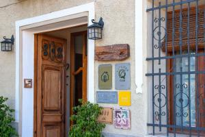 Fachada o entrada de Cases Noves - Boutique Accommodation - Adults Only