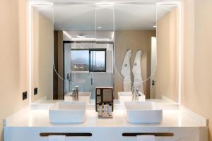 Salle de bains dans l'établissement Arrecife Gran Hotel & Spa