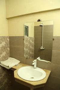 A bathroom at Hotel Bilal