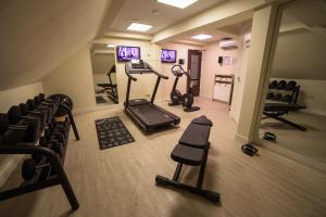 The fitness center and/or fitness facilities at Boutique Hotel Notting Hill
