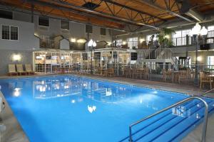 The swimming pool at or near Hampton Inn Holland