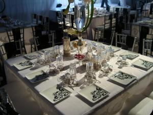 Um restaurante ou outro lugar para comer em Al Gosaibi Hotel-Villa