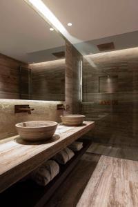 A bathroom at Hotel La Palma