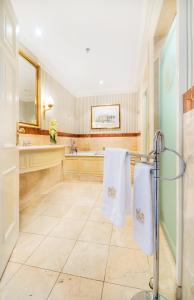 A bathroom at InterContinental Amstel Amsterdam, an IHG Hotel