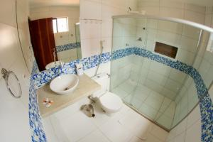 A bathroom at Pousada Capital das Águas