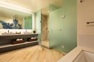 A bathroom at Kings' Land by Hilton Grand Vacations Club
