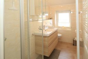 Ein Badezimmer in der Unterkunft Ferienwohnung Oben