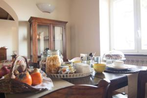 Breakfast options available to guests at Merumalia Wine Resort