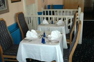 A restaurant or other place to eat at Preston Park Hotel