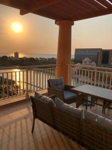 Uma varanda ou terraço em KAEC-Coast Oasis 1