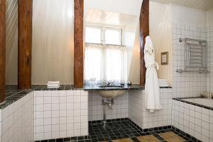 A bathroom at Hotel Kullaberg - Sweden Hotels