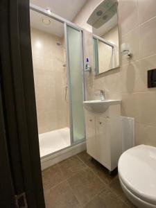 A bathroom at Добрай