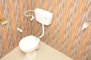 A bathroom at Naro Eco Resort and Spa