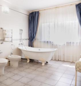 Ванная комната в МОРОЗОВО Курорт-Отель СПА