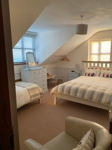 A bed or beds in a room at Blackthorn Farm
