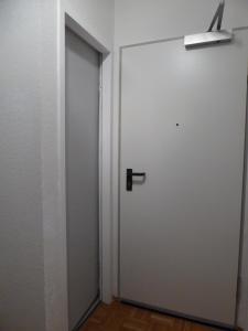 A bathroom at Alles drin!