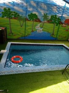A piscina localizada em منتجع هدا الأحلام ou nos arredores