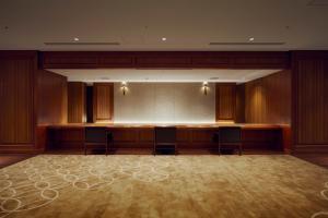 The lobby or reception area at Shiba Park Hotel
