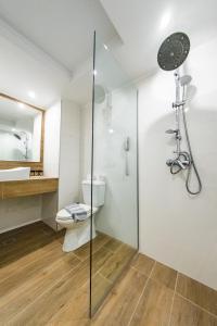 Een badkamer bij Kresten Palace Hotel