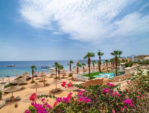 Uitzicht op het zwembad bij Savoy Sharm El Sheikh of in de buurt