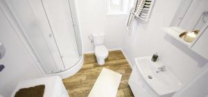 Ett badrum på KustCamp Gamleby