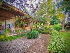 A garden outside Kirina Wellness in the Valley