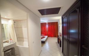 Een badkamer bij Hotel Liberty Resort