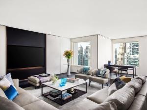 A seating area at The Murray, Hong Kong, a Niccolo Hotel