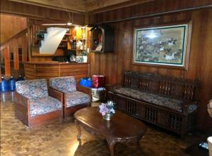 A seating area at Amara Transient