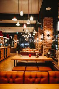 A restaurant or other place to eat at Stay-Inn Bielefeld City