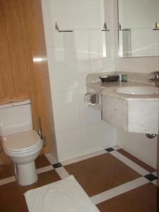 Um banheiro em Al Nimran Hotel