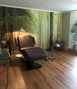 The fitness center and/or fitness facilities at Burnham Beeches Hotel