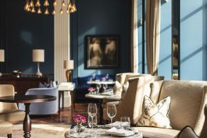 A restaurant or other place to eat at Waldorf Astoria Amsterdam