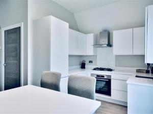 A kitchen or kitchenette at Lord Street Apartments