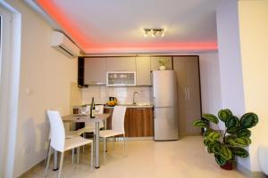 Küche/Küchenzeile in der Unterkunft Lara Apartments
