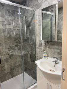 A bathroom at Boho Beach House