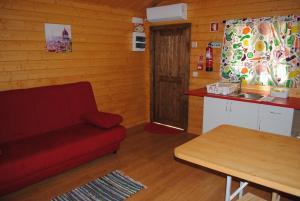 A kitchen or kitchenette at Naturwaterpark - Parque de Diversões do Douro