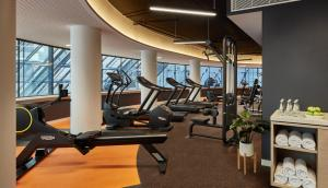 The fitness center and/or fitness facilities at Crowne Plaza Melbourne, an IHG Hotel