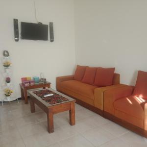 A seating area at Nazifa Homestay