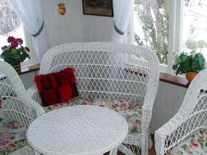 En sittgrupp på One-Bedroom Holiday home in Vara