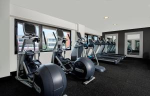 The fitness center and/or fitness facilities at Hilton Darwin